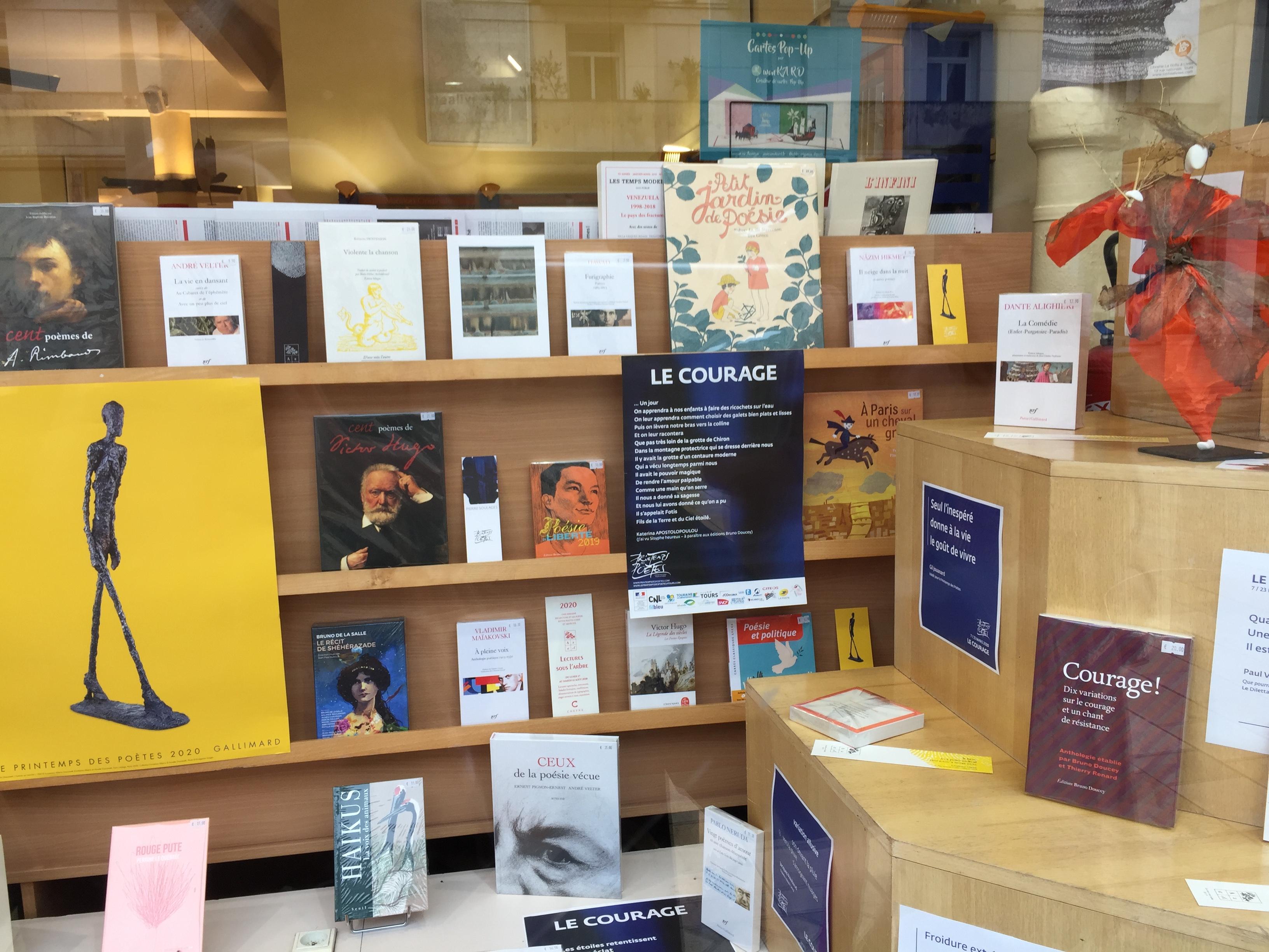 La Boîte à Livres à Tours pour le printemps des poètes